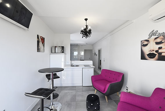 Secret d'Angel naturist studio flat