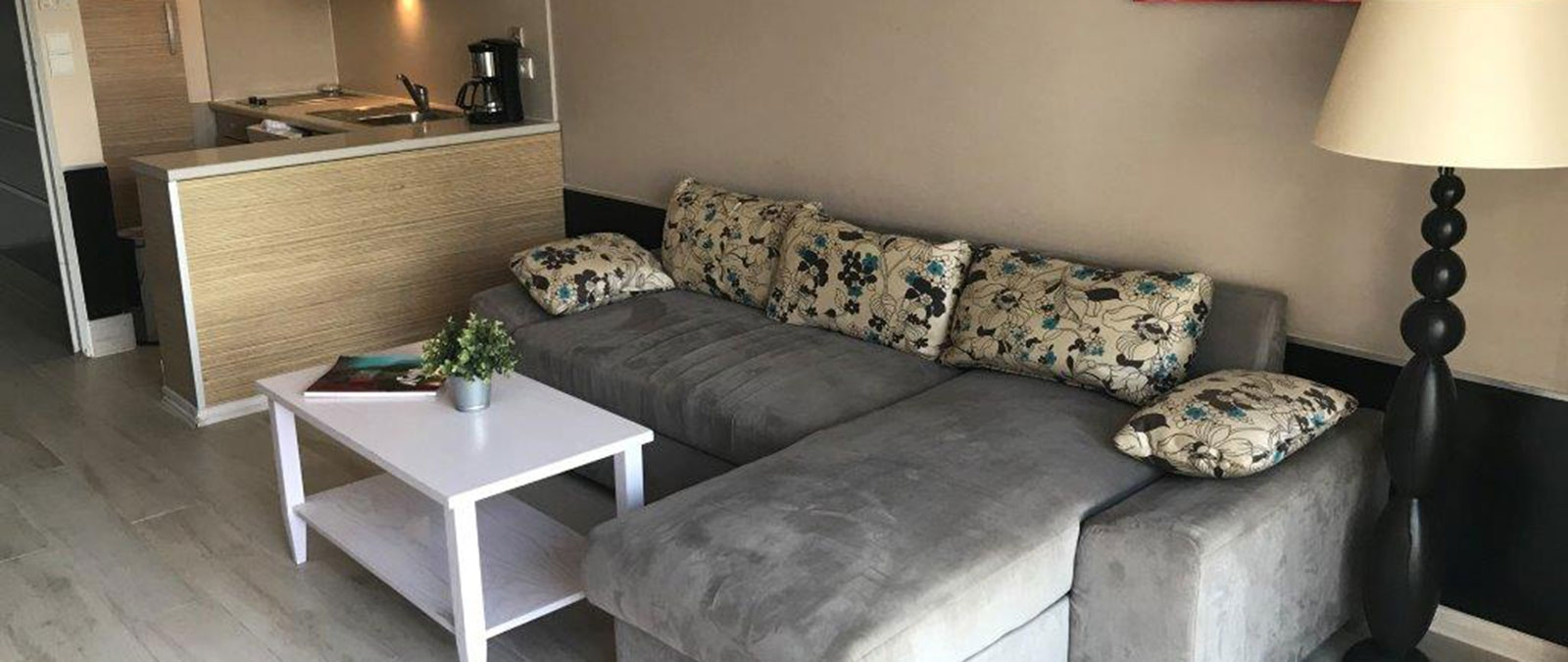 Lounge naturist suite in Cap d'Agde