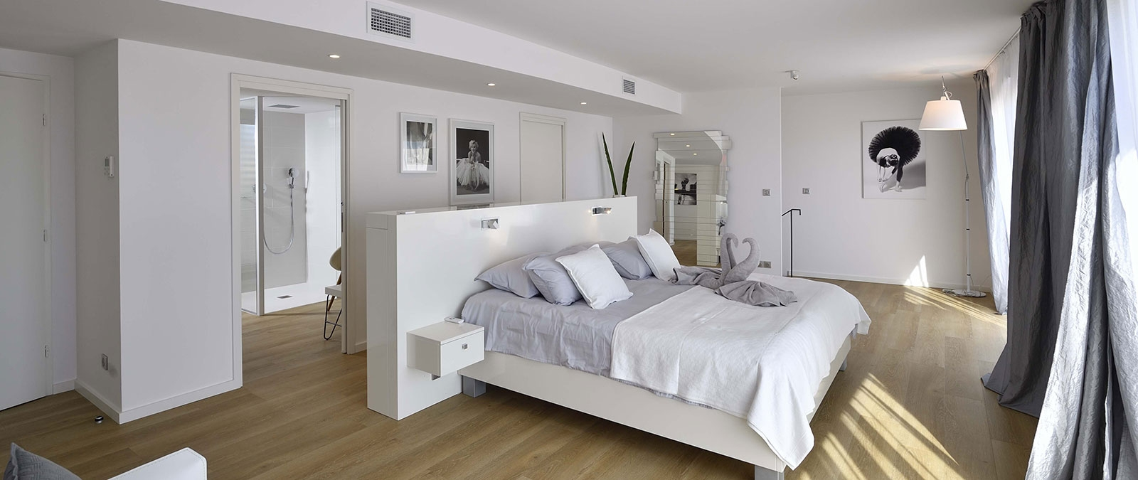 Spacious bedroom in Excellence duplex