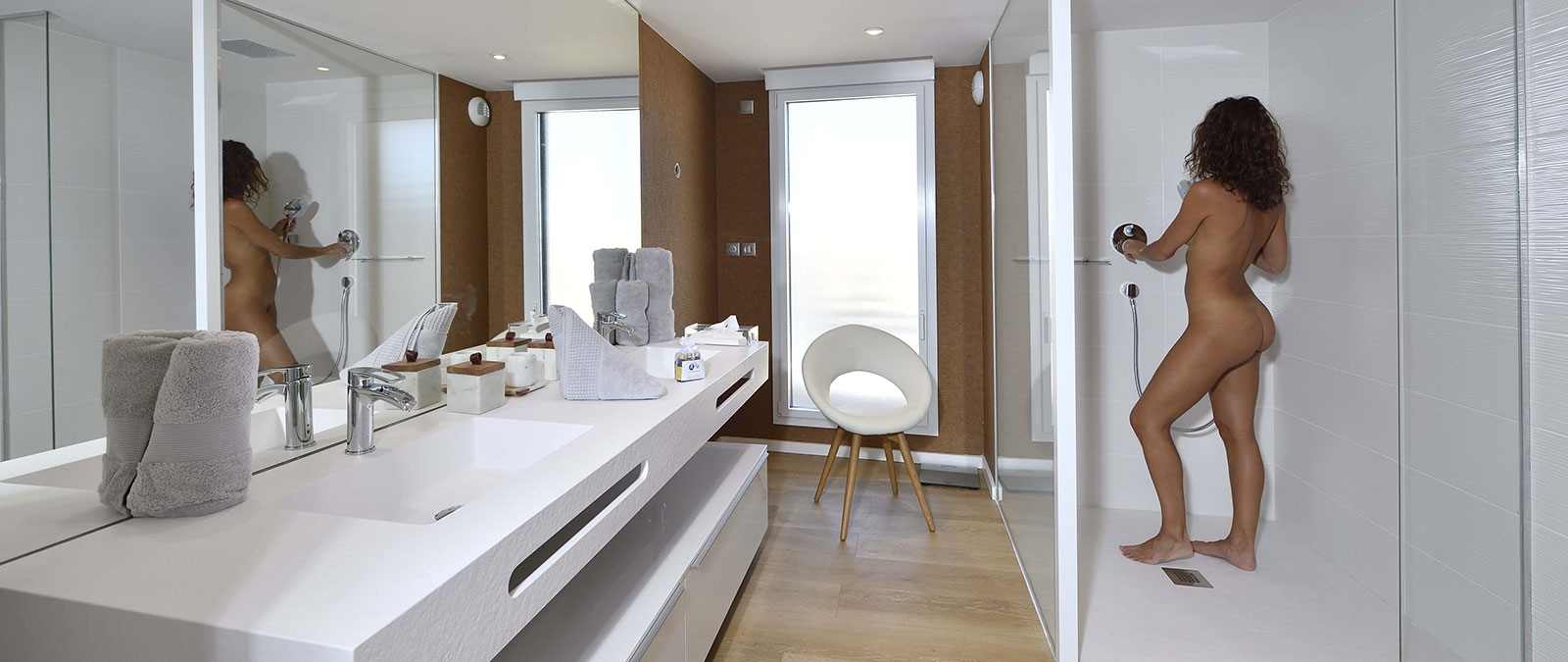 Bathroom with shower in Excellence duplex